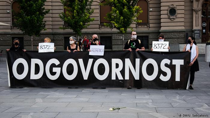 Serbien Belgrad | Jahrestag Genozid in Srebrenica