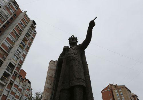 Spomenik knezu Lazaru u Kosovskoj Mitrovici, foto: Konstantin Novaković