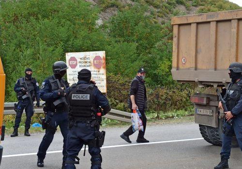 Blokirani granični prijelazi na sjeveru Kosova, Srbi traže da Vučić hitno reagira_61486d23e027d.jpeg