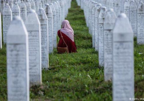 Crna Gora: Negiranje genocida u Srebrenici ugrožava vladu_607a4af3cfe1e.jpeg