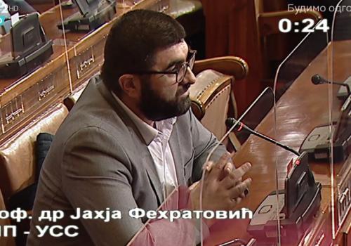 Dr. Fehratović zahtjeva od države da riješi problem malinara iz Priboja_603904d4e8b23.png