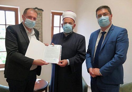 Islamskoj zajednici vraćena džamija u Pljevljima_609d2af39e246.jpeg