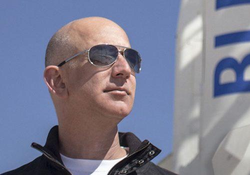 Jeff Bezos u julu u svemiru sa svojim bratom_60c2c68fee962.jpeg