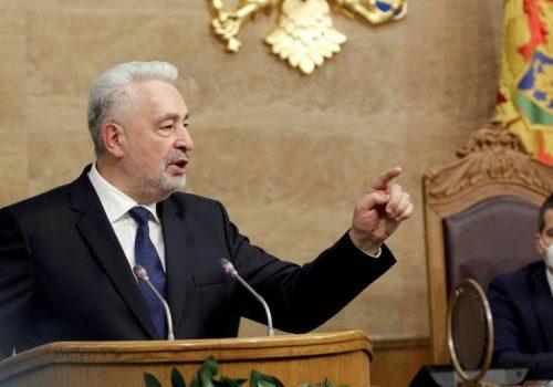 Krivokapiç, Srebrenitsa Soykırımını inkar eden Leposaviç'i görevden alma surecini başlattı_60bb9d6a16045.jpeg