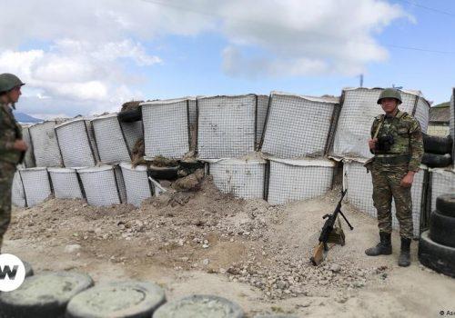 Na liniji bojišnice između Armenije i Azerbajdžana_60c6c166aaa8c.jpeg