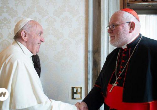 Papa Franja nije prihvatio ostavku njemačkog kardinala_60c2cd08e93df.jpeg
