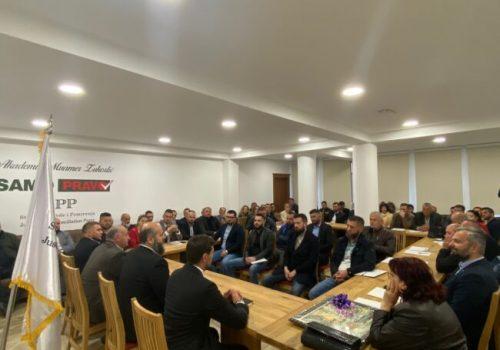 Sjenica'daki İnsanlar Topluca SPP'ye  Katılmaya Başladı!_60bd9fbde8592.jpeg