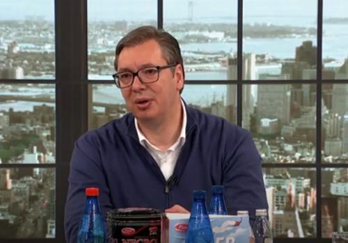 Vučić: 3.000 dinara za vakcinisane i plaćeno bolovanje_60929cd0d2289.png